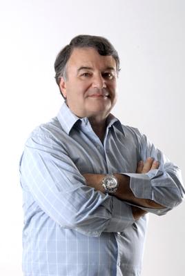 Jos'e Oswaldo Junqueira Fleury